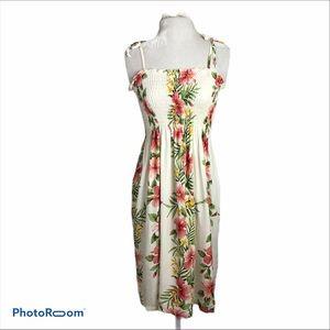 Shannon Marie Hawaiian Hibiscus dress Rayon
